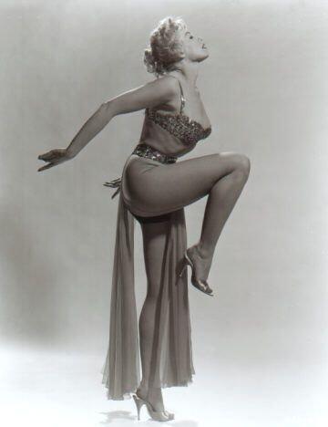 Lili St-Cyr