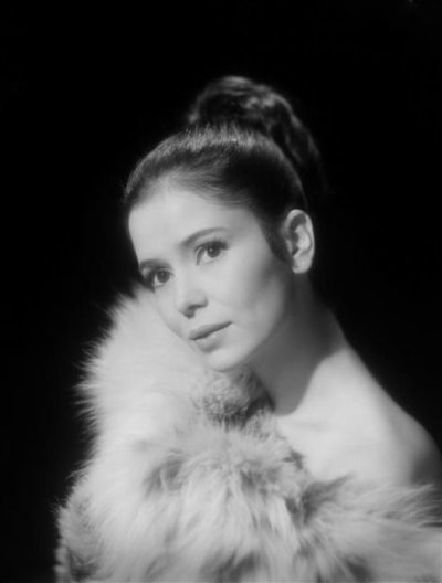 Marie José Nat