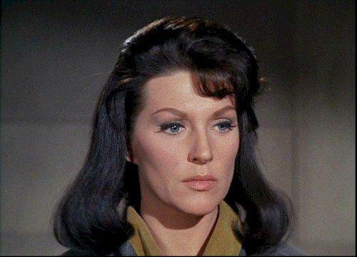 Dualité de la plus belle actrice de Star Trek
