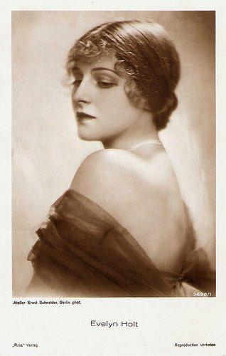 Evelyn Holt
