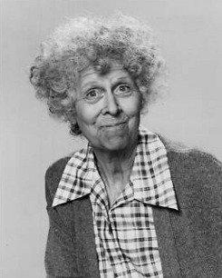 Maxine Stuart