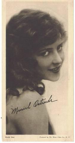 Muriel Ostriche