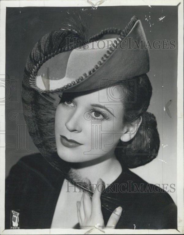 Irène Winston