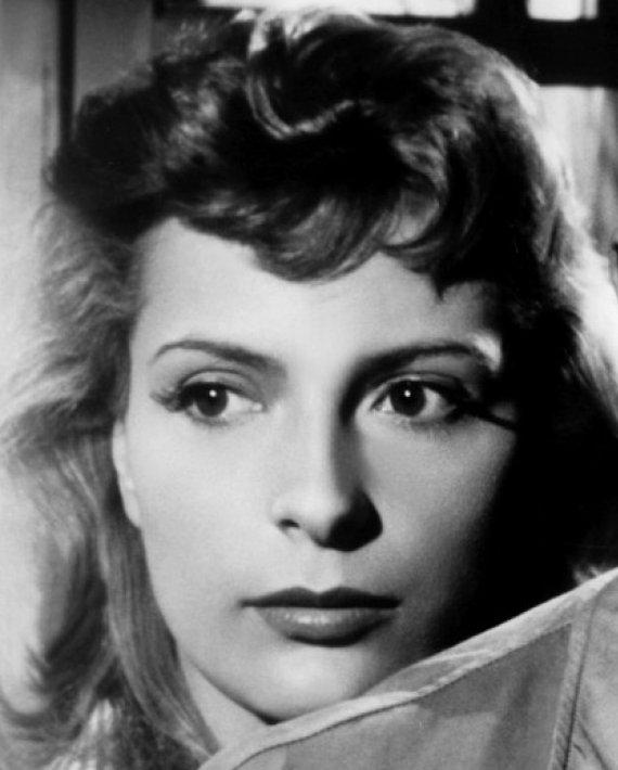 Andrée Débar