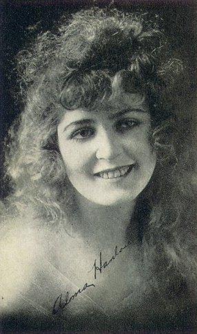 Alma Hanlon