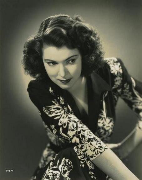 Diana Barrymore v.s. Clarine Seymour