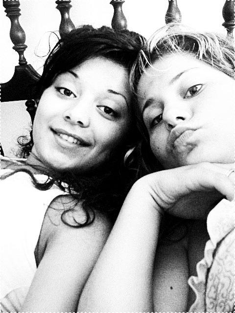 Eu & a miiinha irma gemea (l)