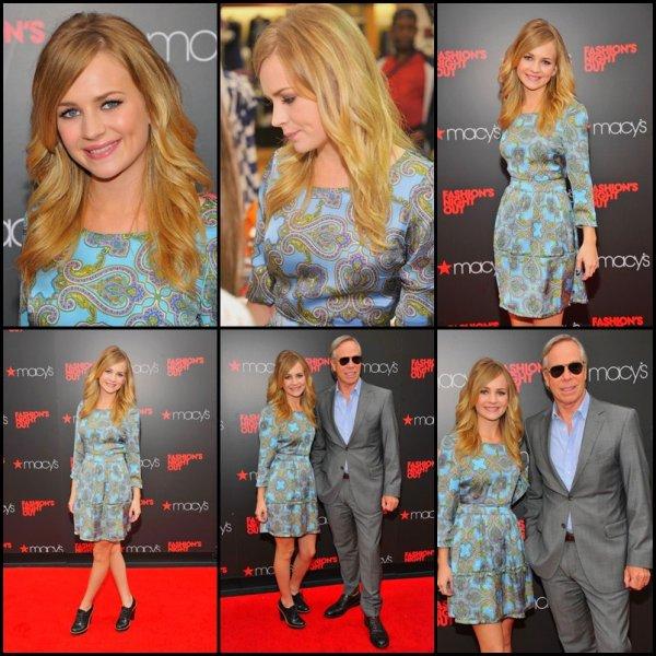 Septembre 2012 : Britt Robertson