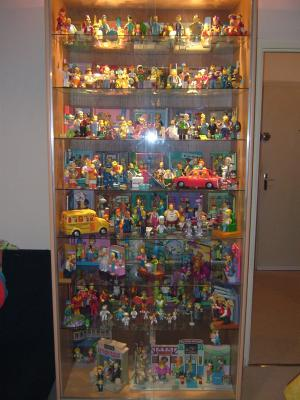 vitrine collection complete figurine playmates ma collection simpsons. Black Bedroom Furniture Sets. Home Design Ideas