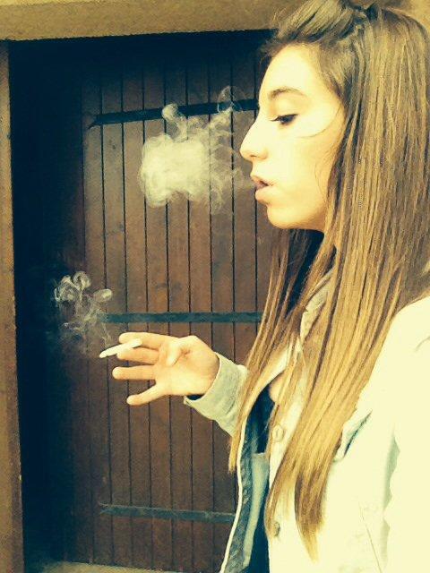 Fume la vie avant qu'elle te fume ❤️