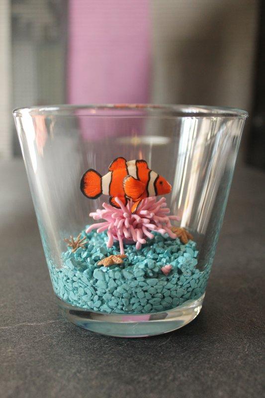 aquarium poisson clown en fimo sur son an mone blog de creationsph. Black Bedroom Furniture Sets. Home Design Ideas