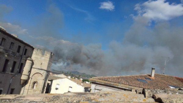 incendie autour de mon village Loupian 34 Hérault