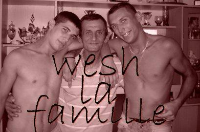 **]]] La famille...
