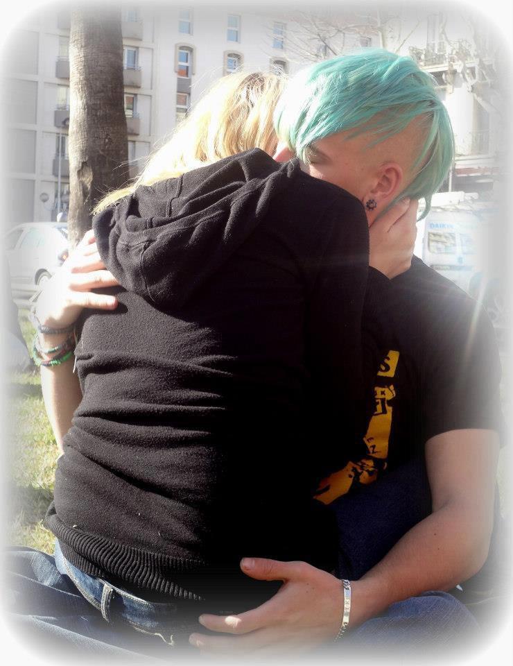 Je veux rester auprès de toi jusqu'au dernier jour, au dernier instant, avant d'être séparé de toi. Je veux rester à tes côtés. ♥
