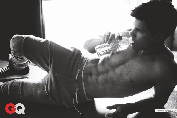 Mardi n°10 Taylor Lautner