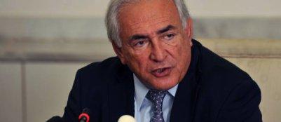 Agression sexuelle, viol, séquestration, DSK nie tout en bloc
