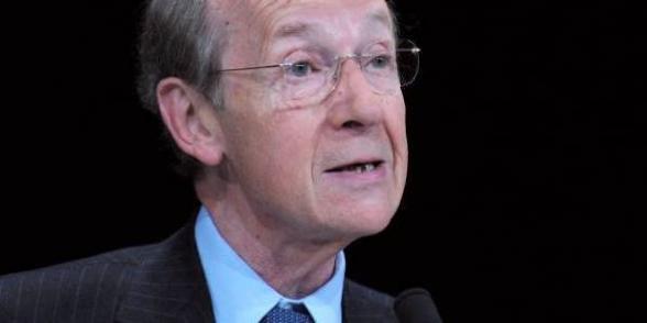 BNP: Michel Pébereau supprime 1400 postes et reçoit un prix