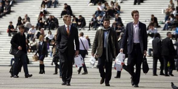 """""""Insatisfaction grandissante"""" chez les cadres selon un sondage pour la CGT"""