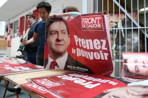 Présidentielle: Mélenchon fait «plage au peuple» à Marseille