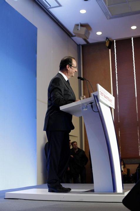 François Hollande entre dans la présidence