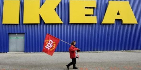 """Nouveau """"code de conduite"""" chez Ikea, de la """"poudre aux yeux"""" selon les syndicats"""