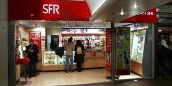 Télécoms: un millier d'emplois menacés chez SFR et Bouygues