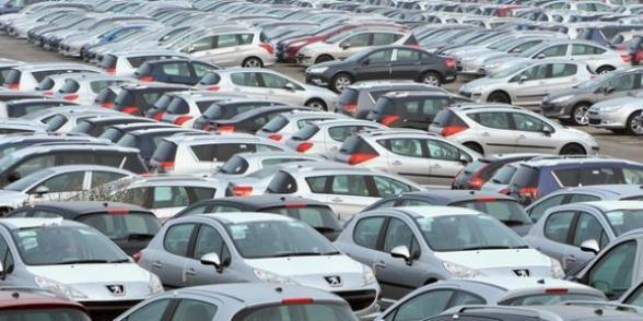 PSA Peugeot-Citröen: le dérapage des ventes avant le dérapage social