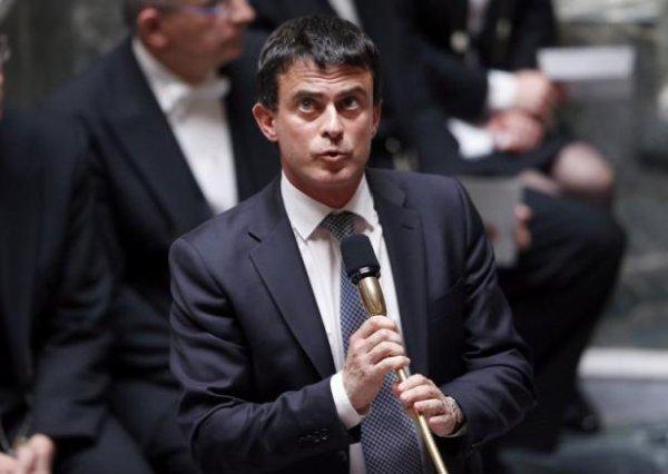 Les campements roms seront démantelés à chaque «décision de justice», affirme Valls