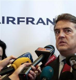 Les pilotes de Air France valident la suppression de 5000 postes