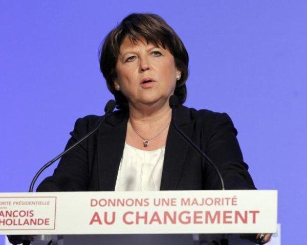 Aubry estime que «les conditions sont réunies» pour qu'elle quitte la direction du PS