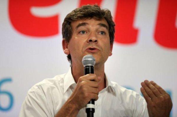 Nucléaire: Valls soutient Montebourg, les écologistes agacés