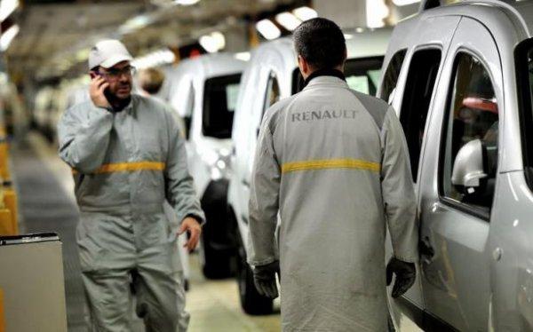 Le marché automobile français recule encore en octobre, Renault décroche