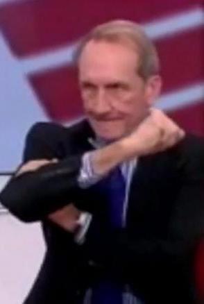 Le bras d'honneur de Gérard Longuet scandalise des responsables algériens