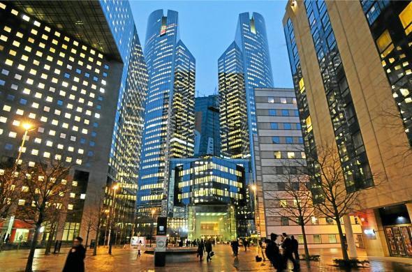 Deux banques mises en examen pour fraude fiscale par un juge d'instruction frança