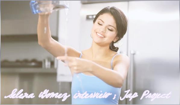 9 avril 2011 - Aperçue : Selena Gomez, sa mère, son beau-père et un ami proche à DisneyLand à Anaheim en Californie___Vos avis ?