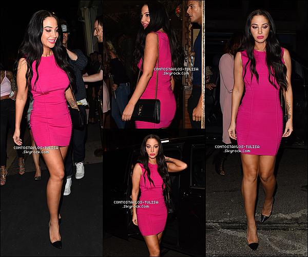 19.07.17  - Sexy Tulisa, Michelle et d'autres amis allant au Mahiki Club à Londres.