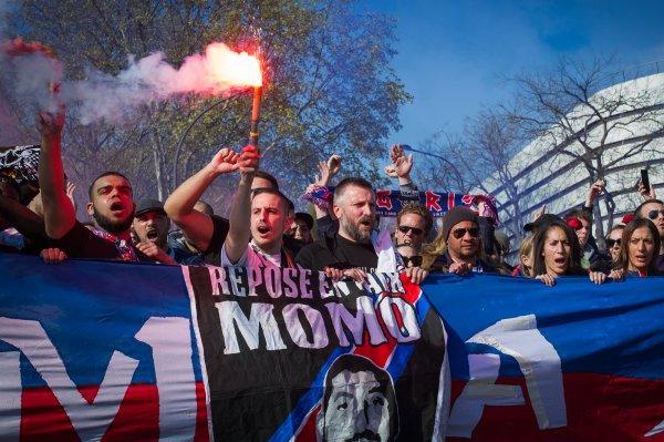 Hommage à Momo au Parc des Princes dimanche 1er mai