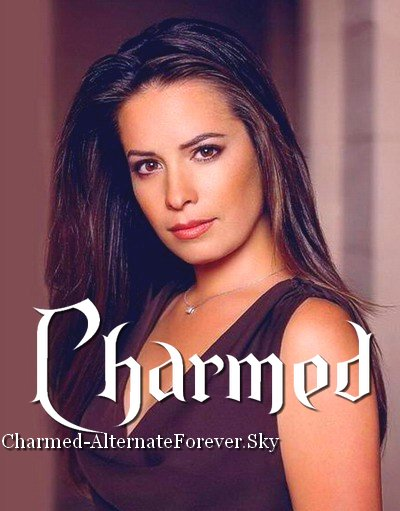 Holly Marie Combs As Piper