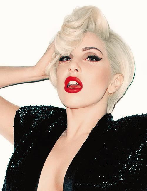 Queen? Bitch please, Gaga is the Goddess of Pop. †
