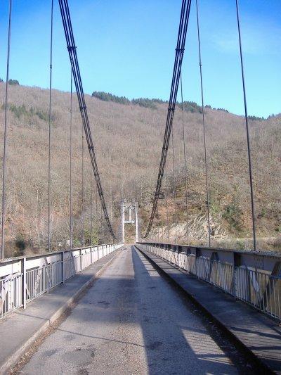 Le pont du Chambon (Saint-Merd de Lapleau)