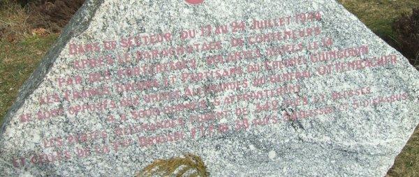 La stèle du Mont-Gargan inaugurée le 6 septembre 1992