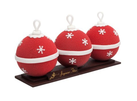 Bûche Boules de Noël de Ladurée