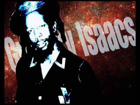 "GREGORY ISAACS - ""Poor and clean"" (version originale - 1979)"