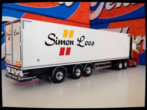 MB Simon Loos.