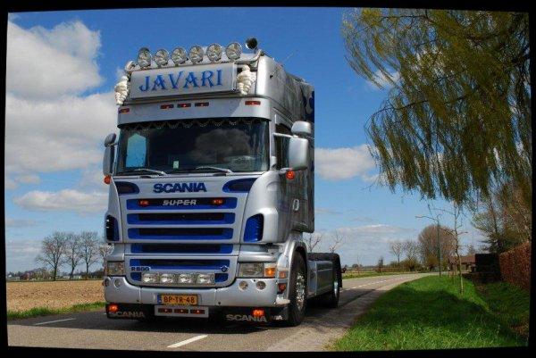 Suite et fin, Scania JAVARI.