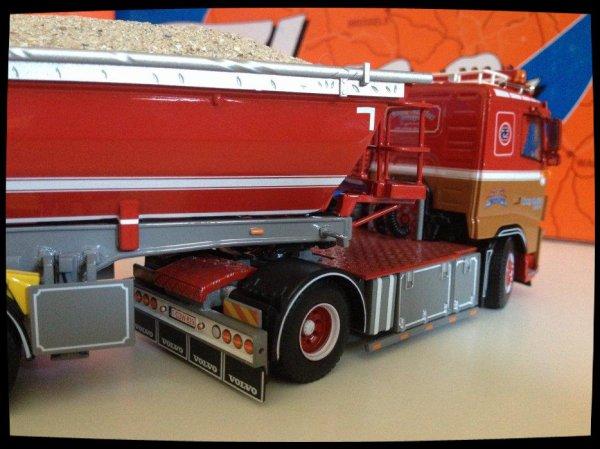 Suite, Volvo FH 03 Ceusters.