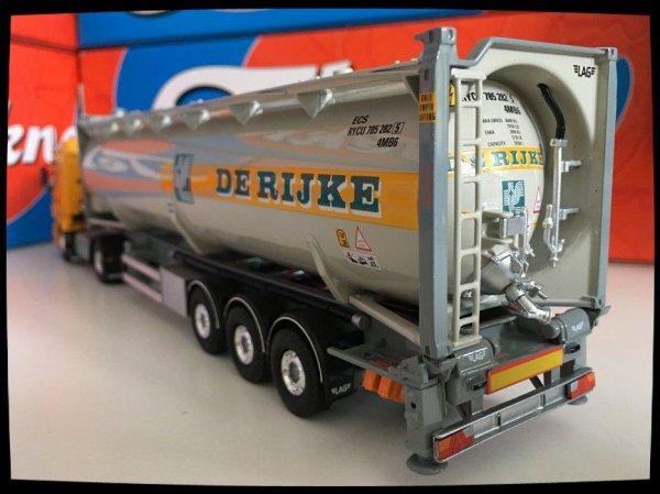 Transports De Rijke suite .....