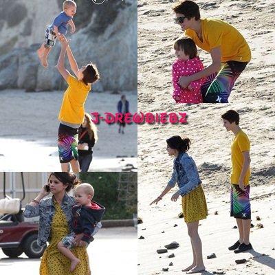 Des photos de Justin et sa famille à Malibu et sa visite à WaltDisney