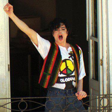 Michael Jackson - They don't care about us ♪♥  (1996)