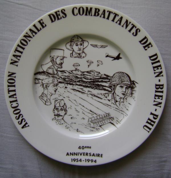 Assiette commémorative